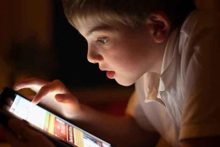 تنظیم عدم نمایش محتوای غیر اخلاقی در موبایل فرزندان